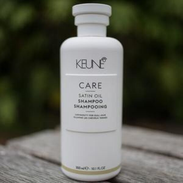 KEUNE CARE SATIN OIL SHAMPOO (300ML)